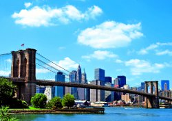 Die prachtvolle Brooklyn Bridge in New York