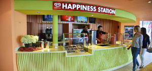 Eisbar by Langnese Happiness Station