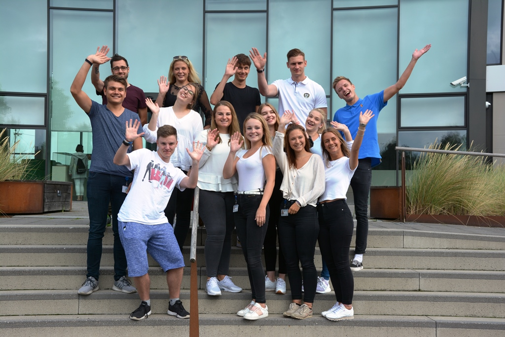 On August 1, 2019, 15 young people will start their job training with the cruise company AIDA Cruises and at the AIDA Customer Center